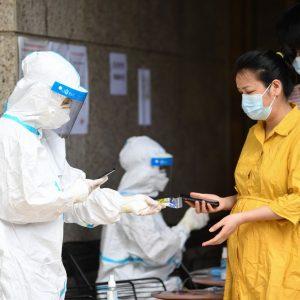 Wuhan lança teste de COVID-19 em toda a cidade