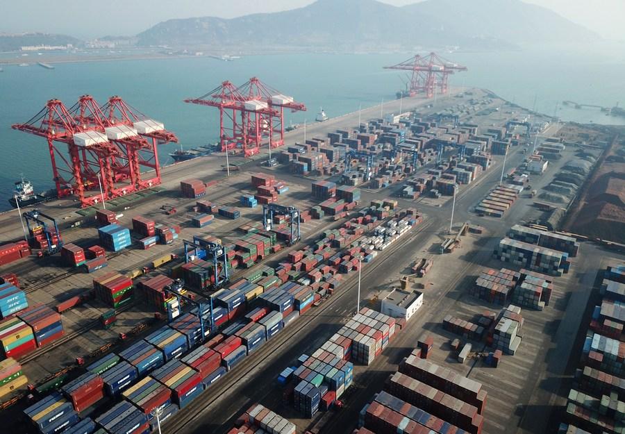 Principais setores de serviços em Hong Kong registram crescimento em receita no 4º trimestre