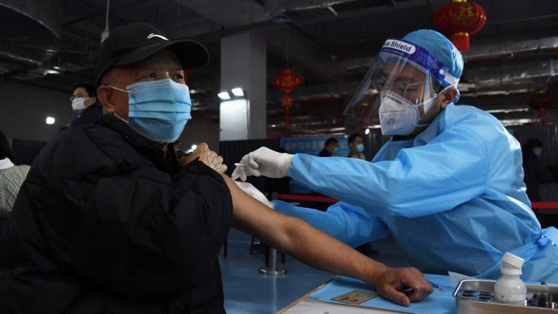 China já aplicou cerca de 75 milhões de doses de vacina contra COVID-19