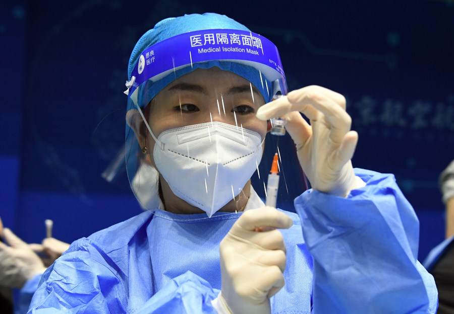 É segura e eficaz a vacina chinesa de subunidade proteica contra COVID-19, diz estudo