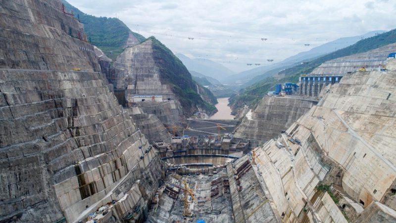 Mega usina hidrelétrica da China começará operação em julho