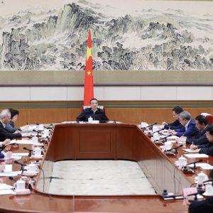 Premiê chinês enfatiza consolidação de dinâmica de crescimento estável